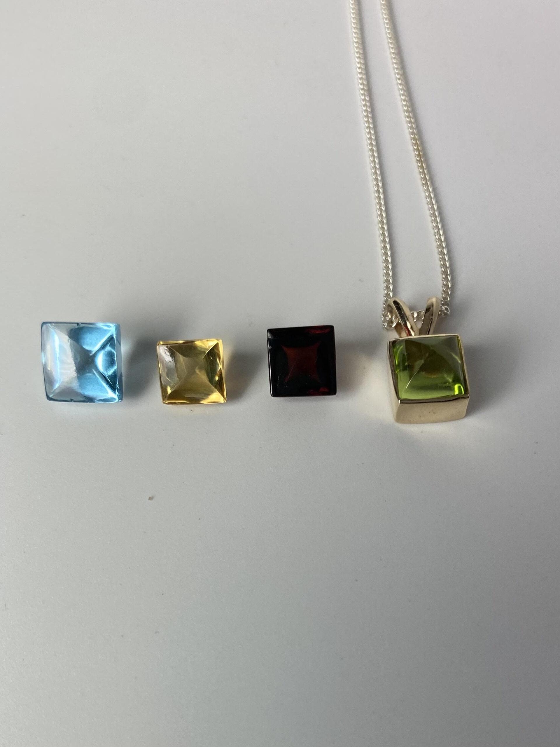 Colorful Cabochon Necklace